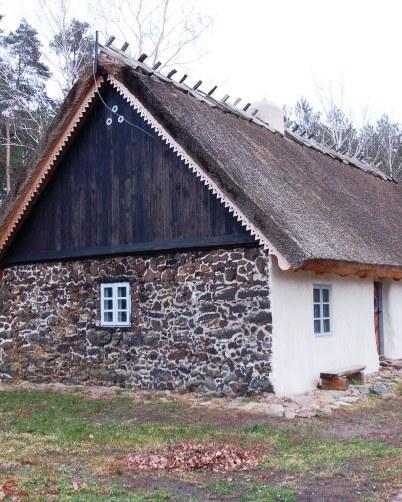 Kraina zelaznych domów