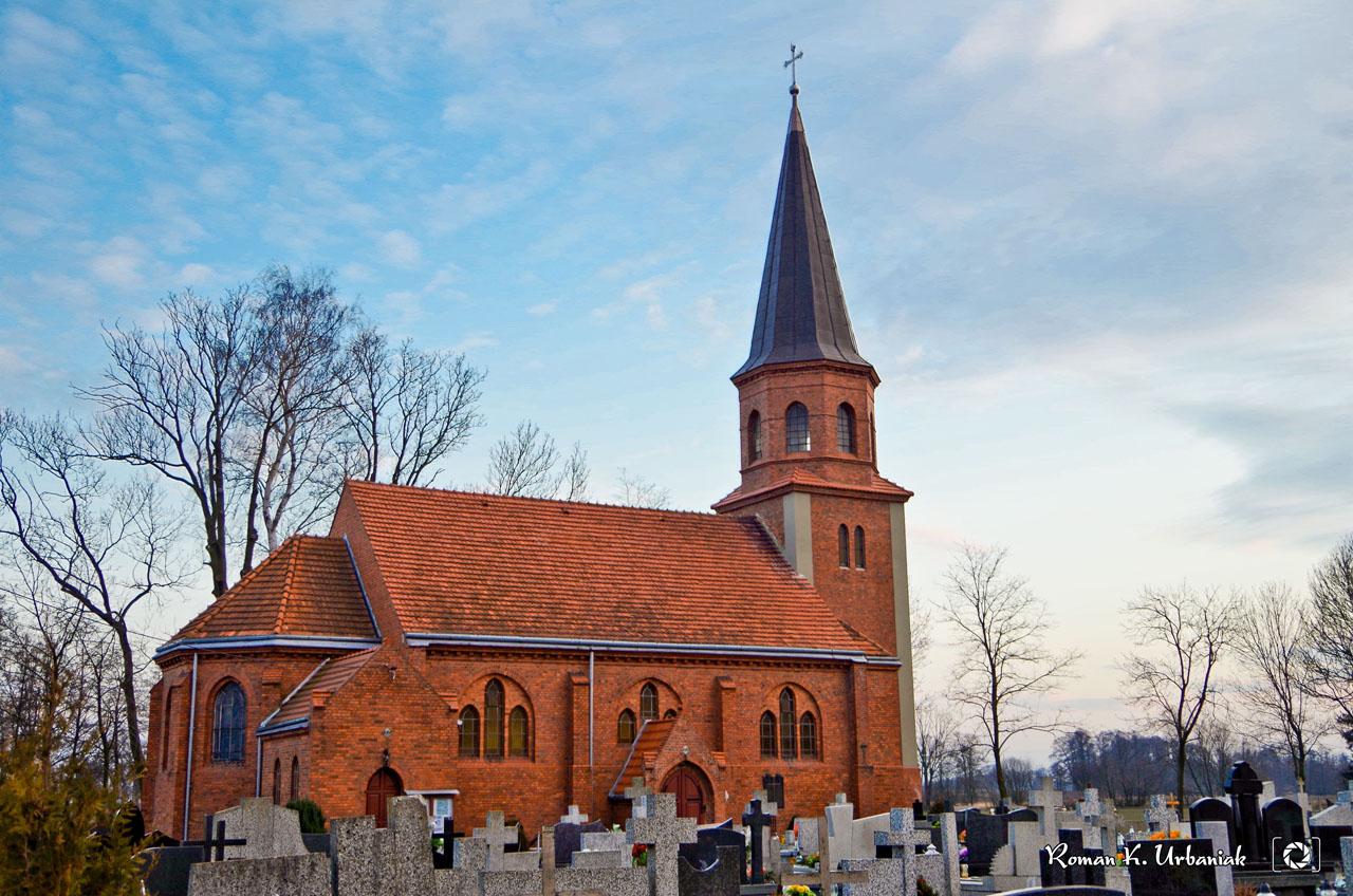 kościół-z-cmentarzem.jpg