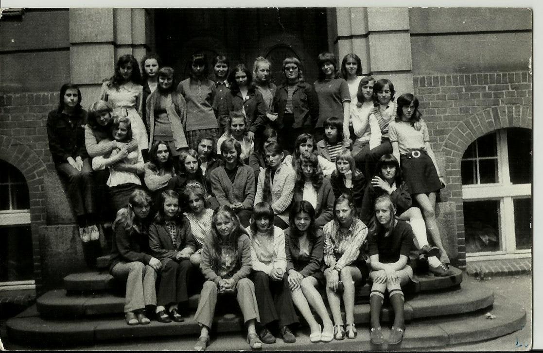 Klasa-I-E-rok-1973-LO-Pleszew.jpg