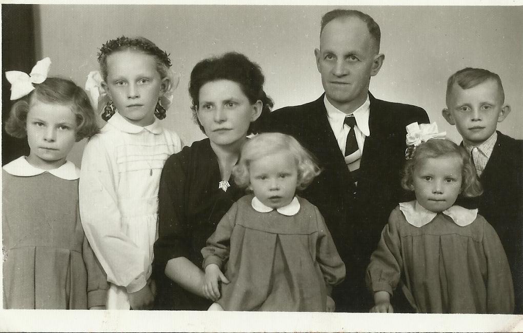 Rodzinka-1959.jpg