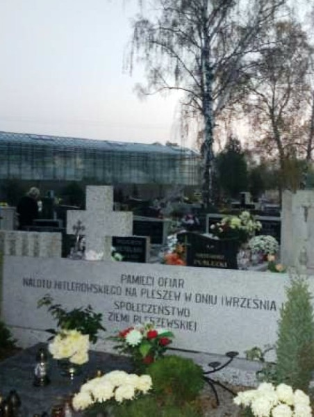 Pomnik-Ofiar-Nalotu-1-września-1939-roku-1.jpg