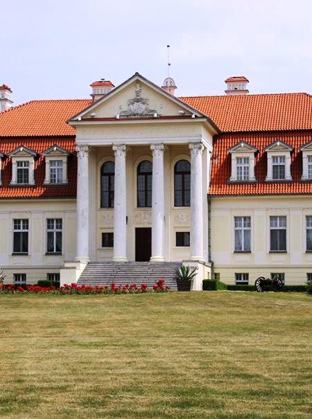 Pałac-w-Winnej-Górze-gdzie-mieszkał-Jan-Henryk-Dąbrowski-czolo.jpg