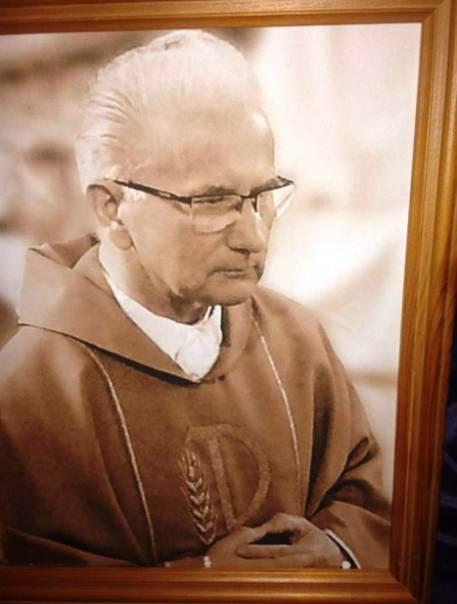 Wspomnienie o ks. kanoniku Kazimierzu Wenclu