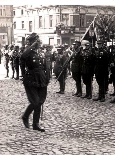 Przemarsz-wojska-pod-dowództwem-Mieczysława-MozdyniewiczaCzoło-1.jpg