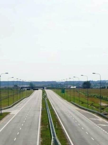 Foto-ilustracyjne-z-profilu-Arkadiusz-Ptak-czolo.jpg